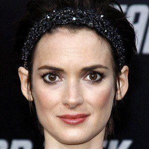 What year was Winona Ryder Born 1971